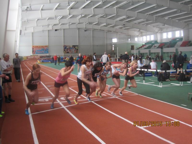 Соревнования в манеже по легкой атлетике